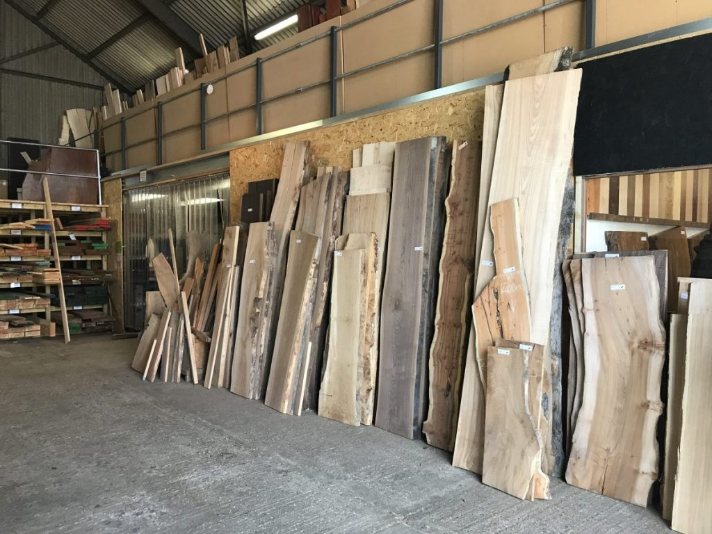 Choosing wood for river table
